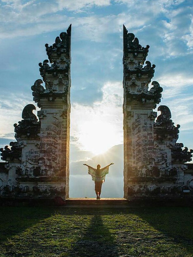 Lempuyang Tour – Laura Bali Tour